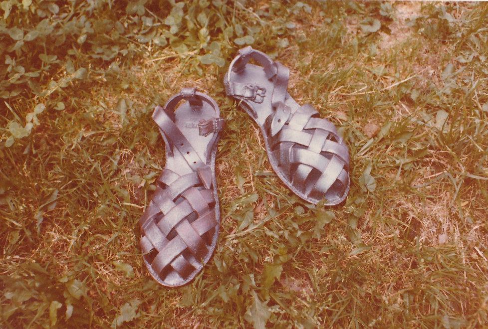 1977-CHAUSSURES-SANDALETTES-2.jpg