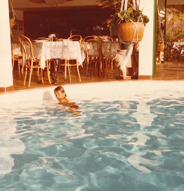 1981-SAINT BARTH NILS HIBISCUS-.jpg