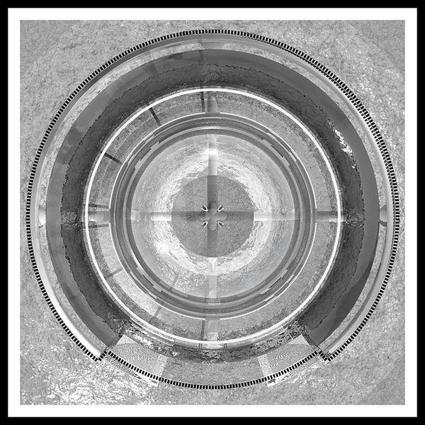 CENOTAPHE-12-1-CADRE-40 x40.jpg
