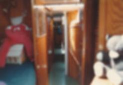 1983-COURSIVE.jpg