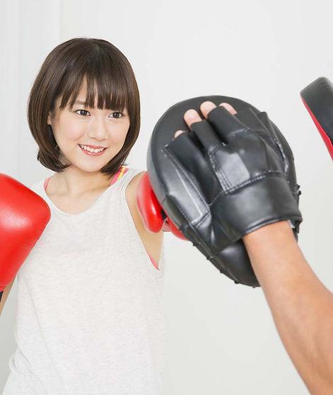 ボクシングtomitt(トミット)ミット打ちシーン.jpg