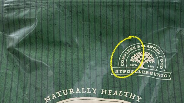 Complete dog food packaging