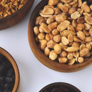 macadamia nuts in a bowl, toxic to dogs