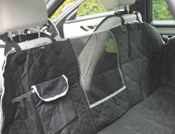 Pecute dog hammock with storage pockets