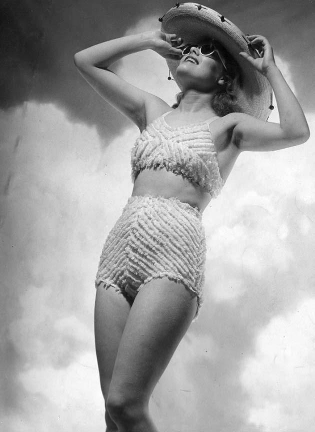 Swimwear in 1932