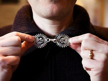 Abruzzo%20Scanno%20trad%20jewelry%20make