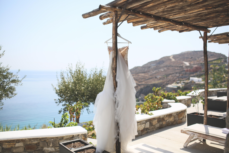 wedding dress in greece
