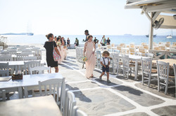 bridesmaids arrival in mykonos