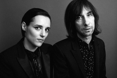 Bobby Gillespie & Jehnny Beth - Chase It Down