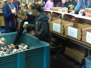 6th Grade Serving at Hope Center