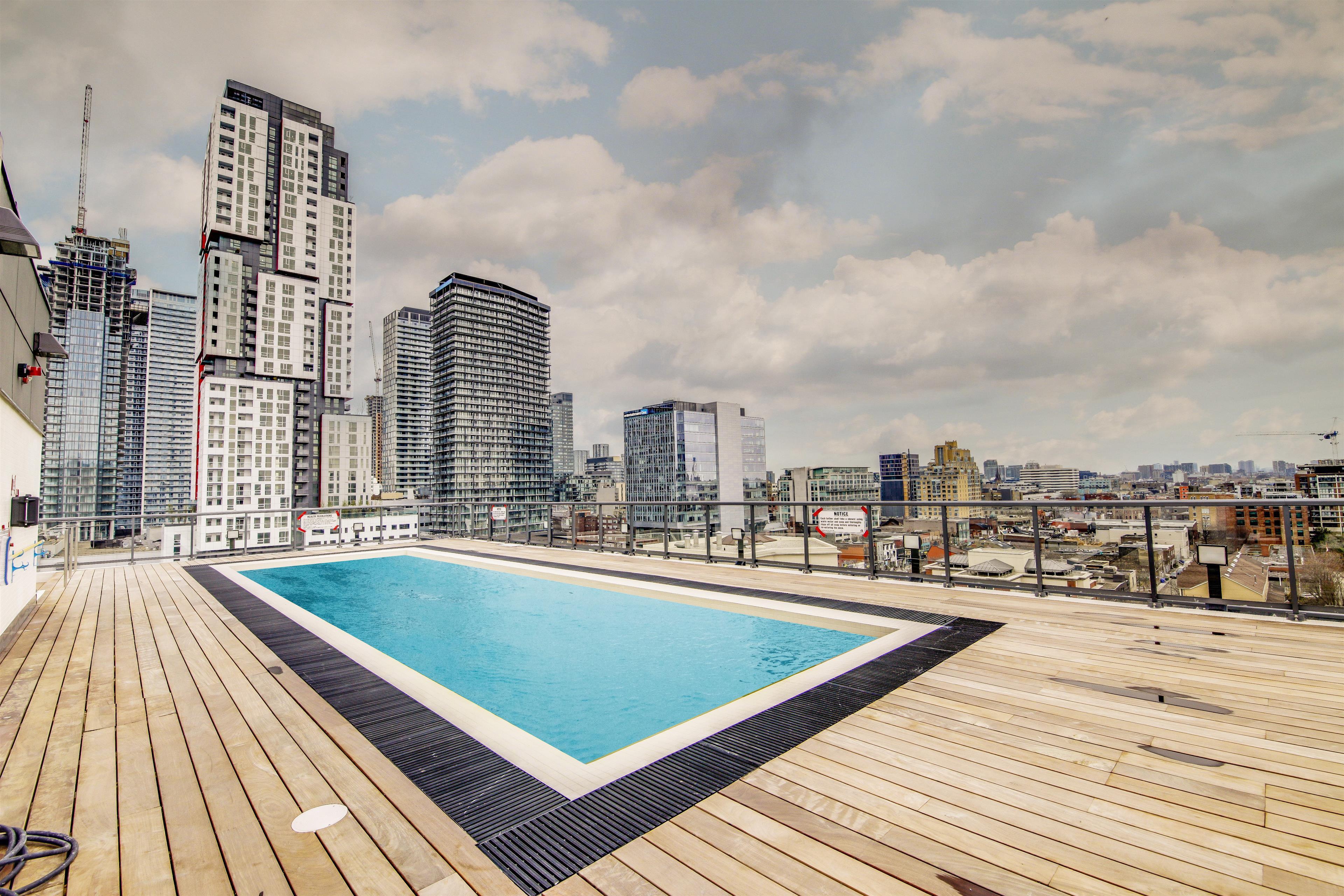 Building_Pool