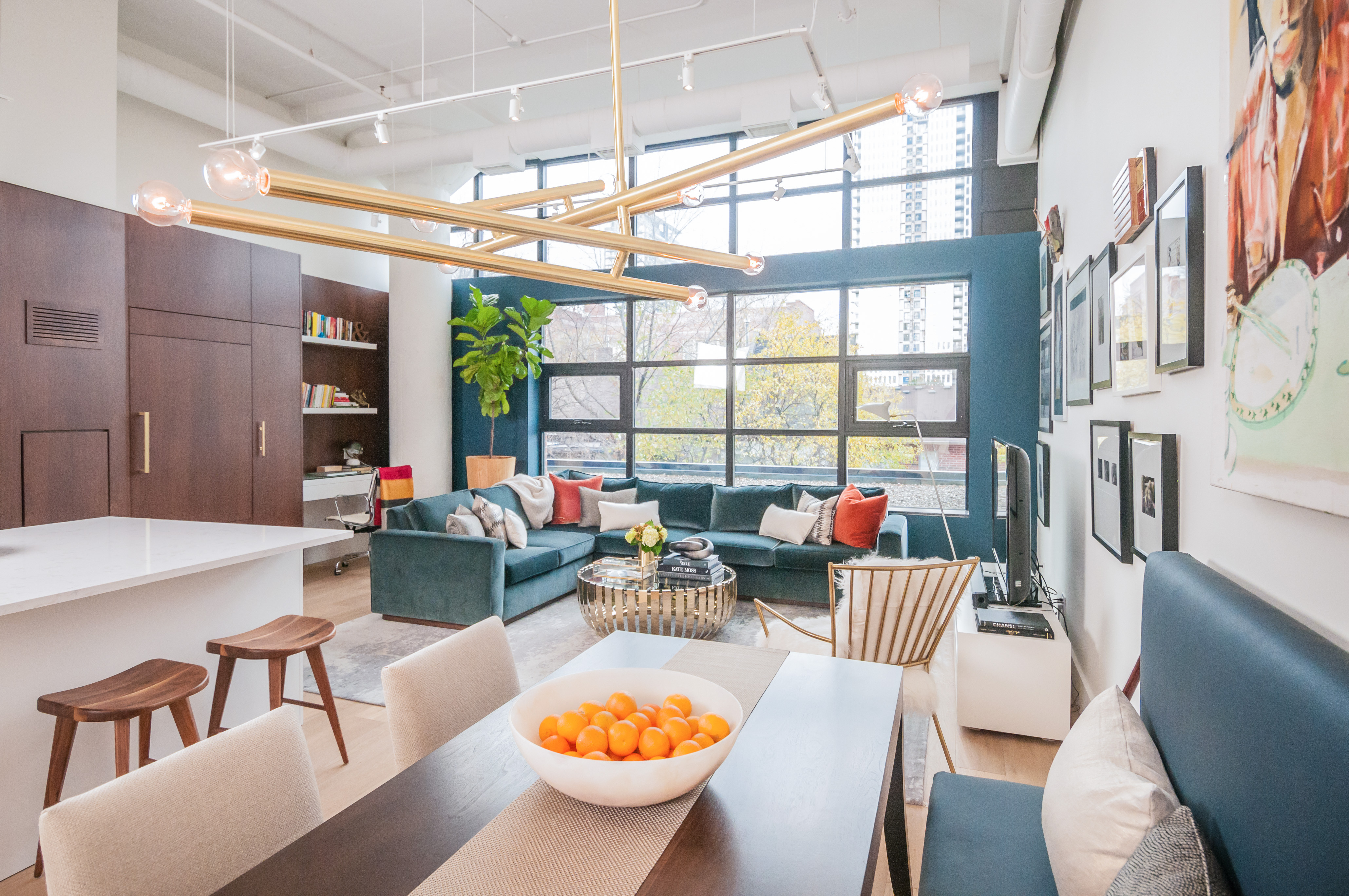 A Rarely Offered Spectacular 150K Renovation In 2016 Of 1150 SQFT Unit The Lofts At 90 Sumach