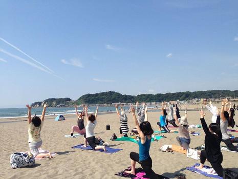 Sunset beach yoga 2017開催