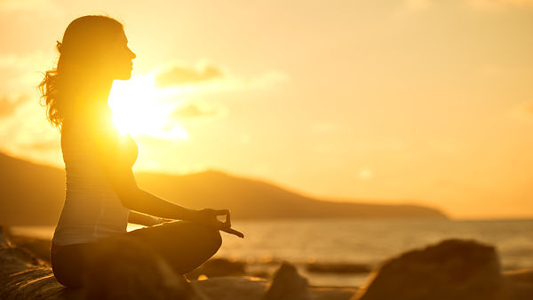 瞑想と夕日.jpg