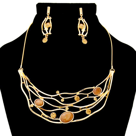 Bib Necklace And Earring Set Featuring Rhinestone Detail