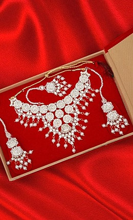 Art Pearl and Diamond Chandelier Necklace Set