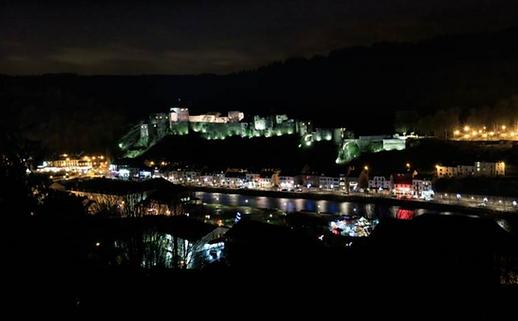 Photo 6. Bouillon et son château fort en