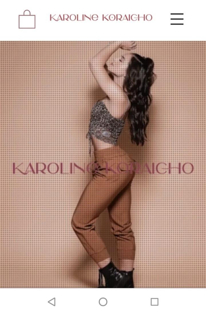 www.karolinekoraicho.com.br