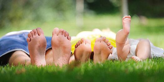 family_feet.jpg