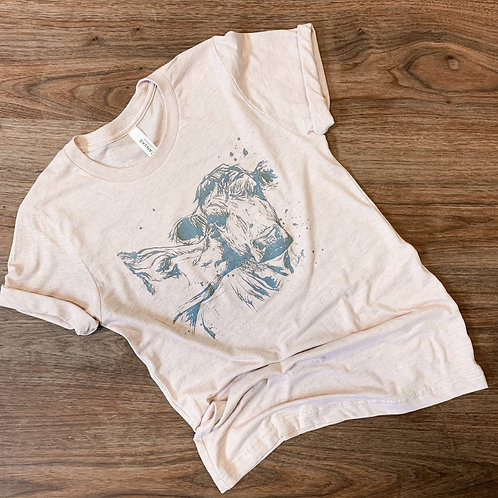 Kissing Cows   Graphic Tee