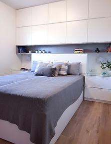 פתרון לארון בחדר שינה קטן