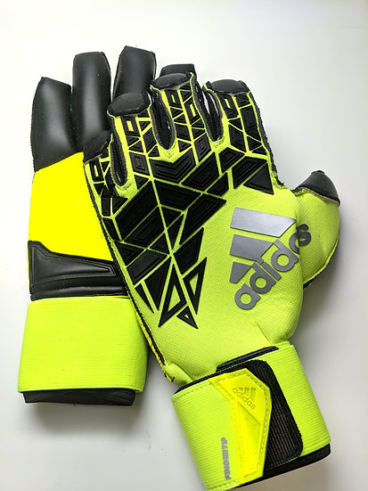 adidas Ace Trans Fingertip Goalkeeper Gloves