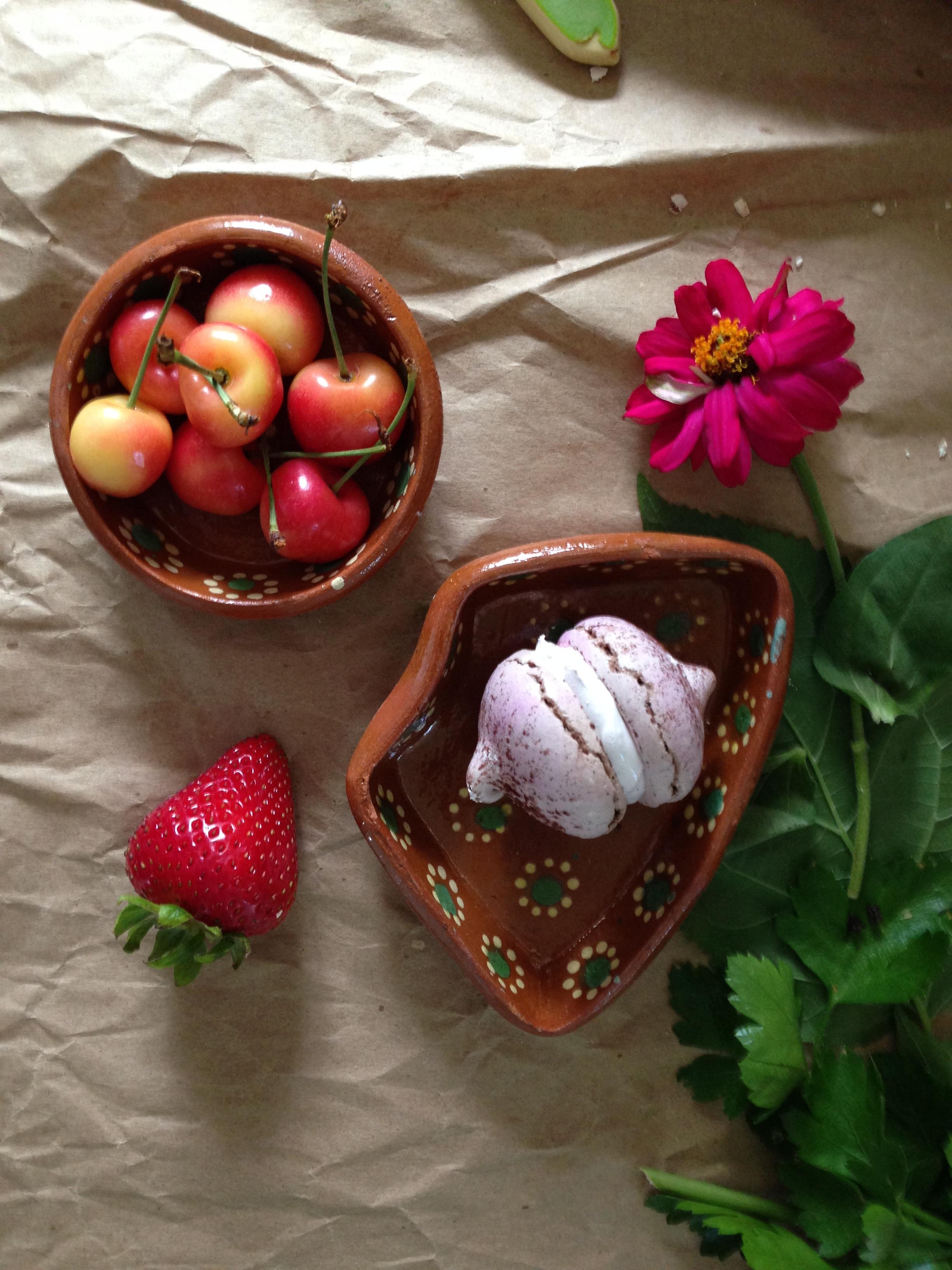 gluten free meringue with berries.jpg