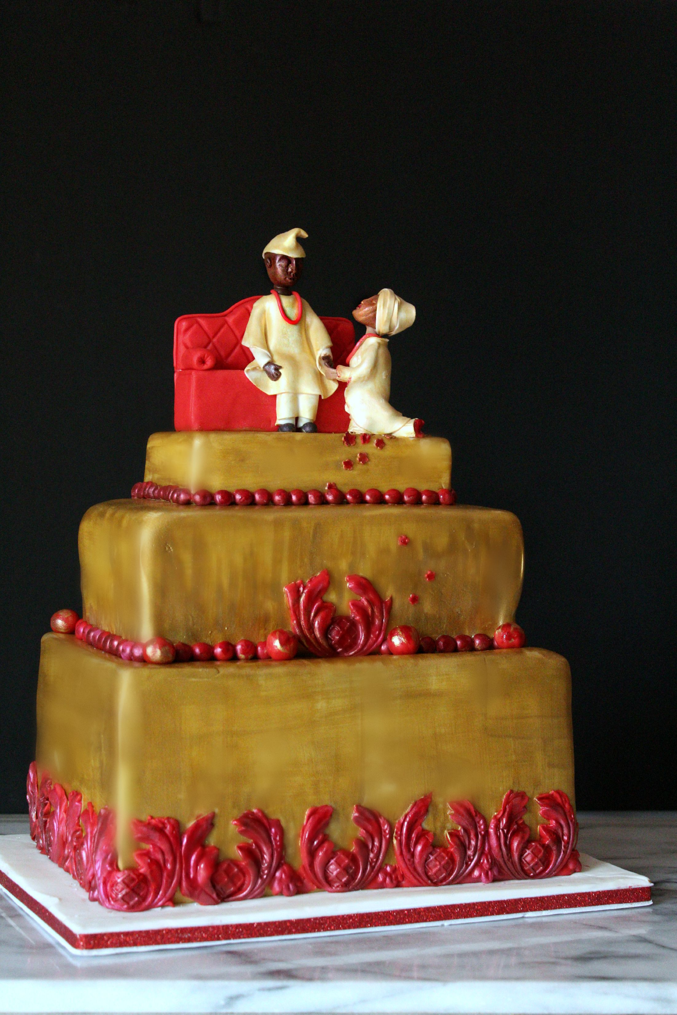 Bee Traditional Nigerian Engagement Cake with sugar bride and groom edit copy.jp