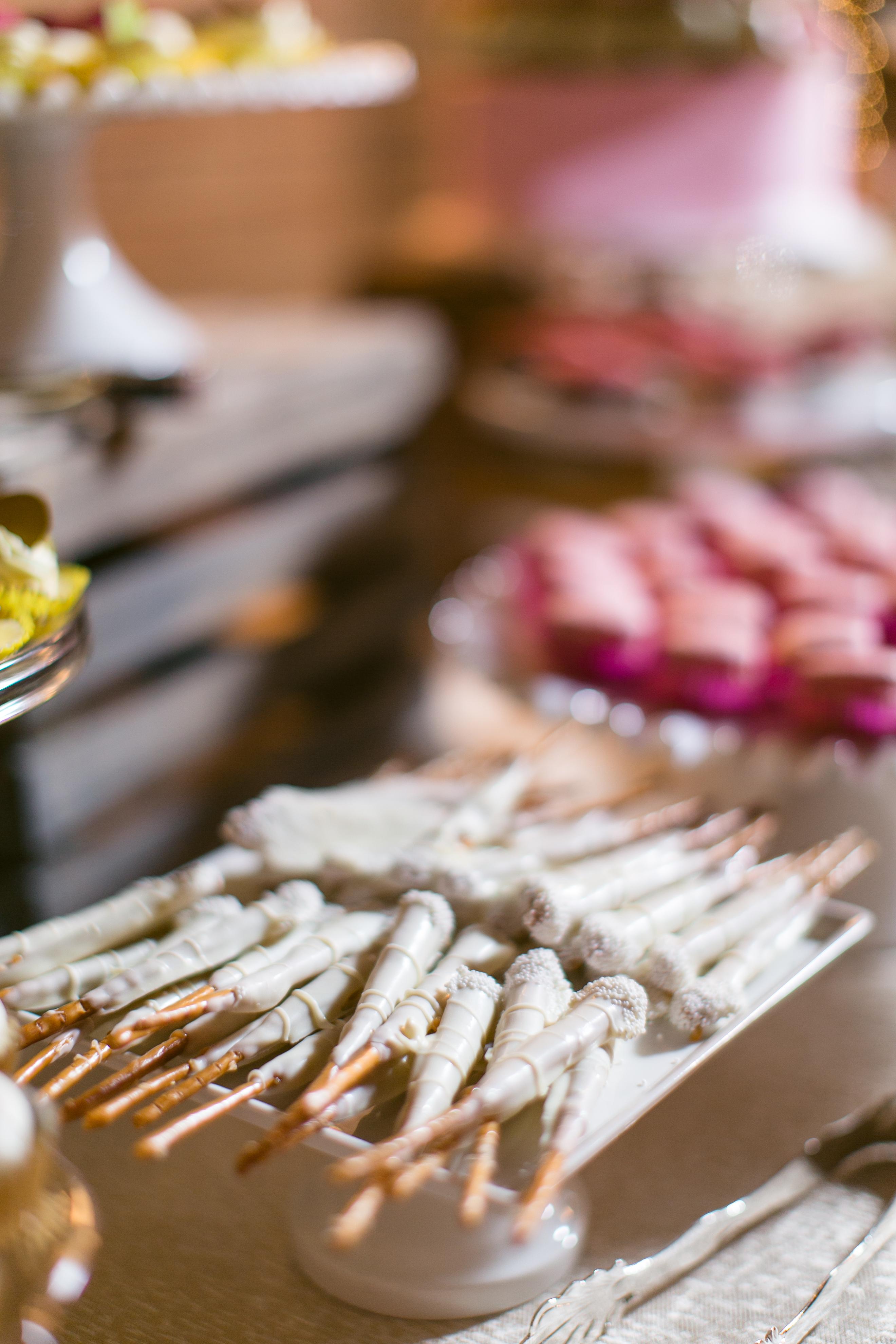 Mini pretzels from Abbie and Mark wedding photo by Caili.jpg