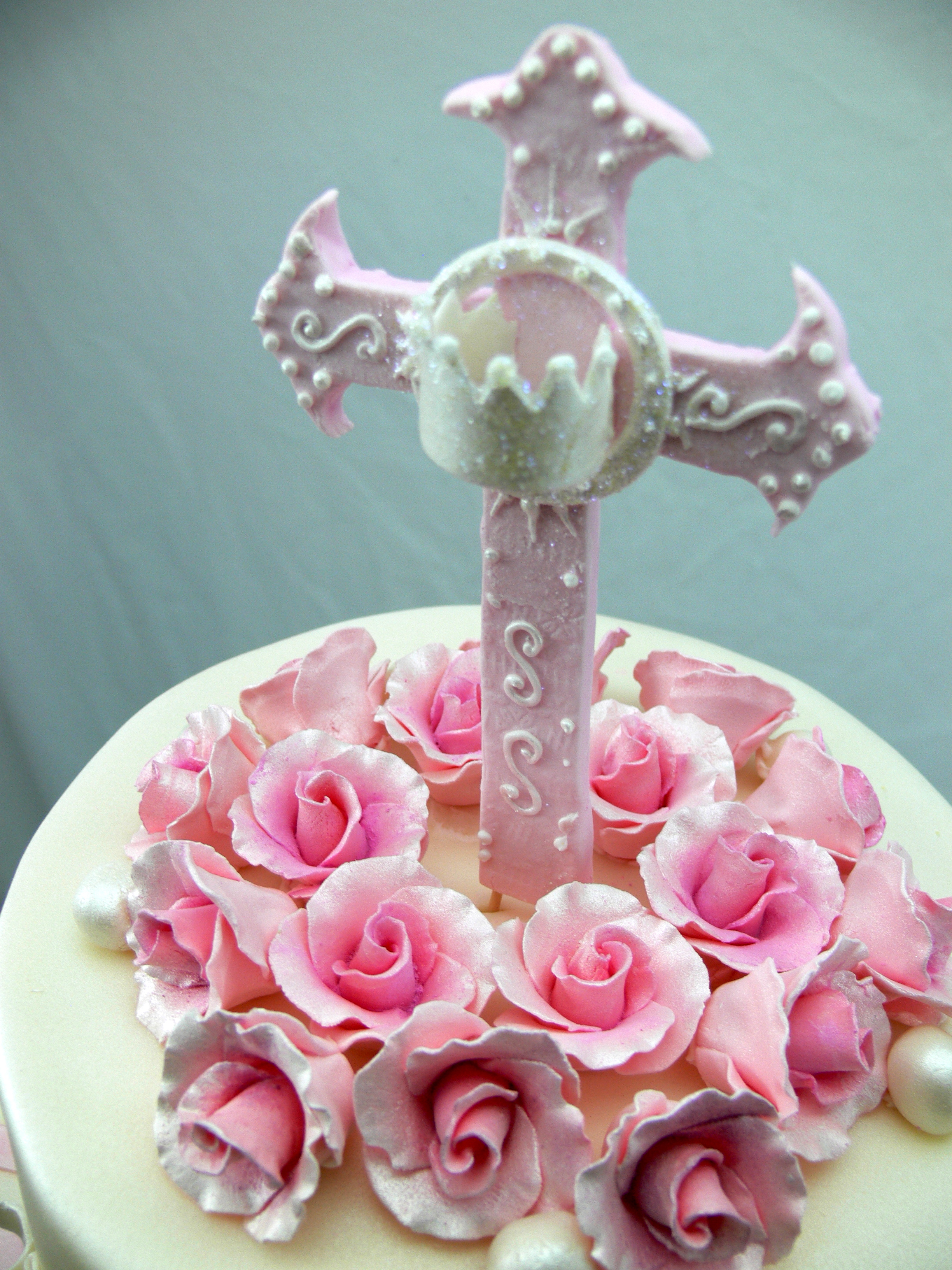 Pink Roses Communion topper with Cross.jpg