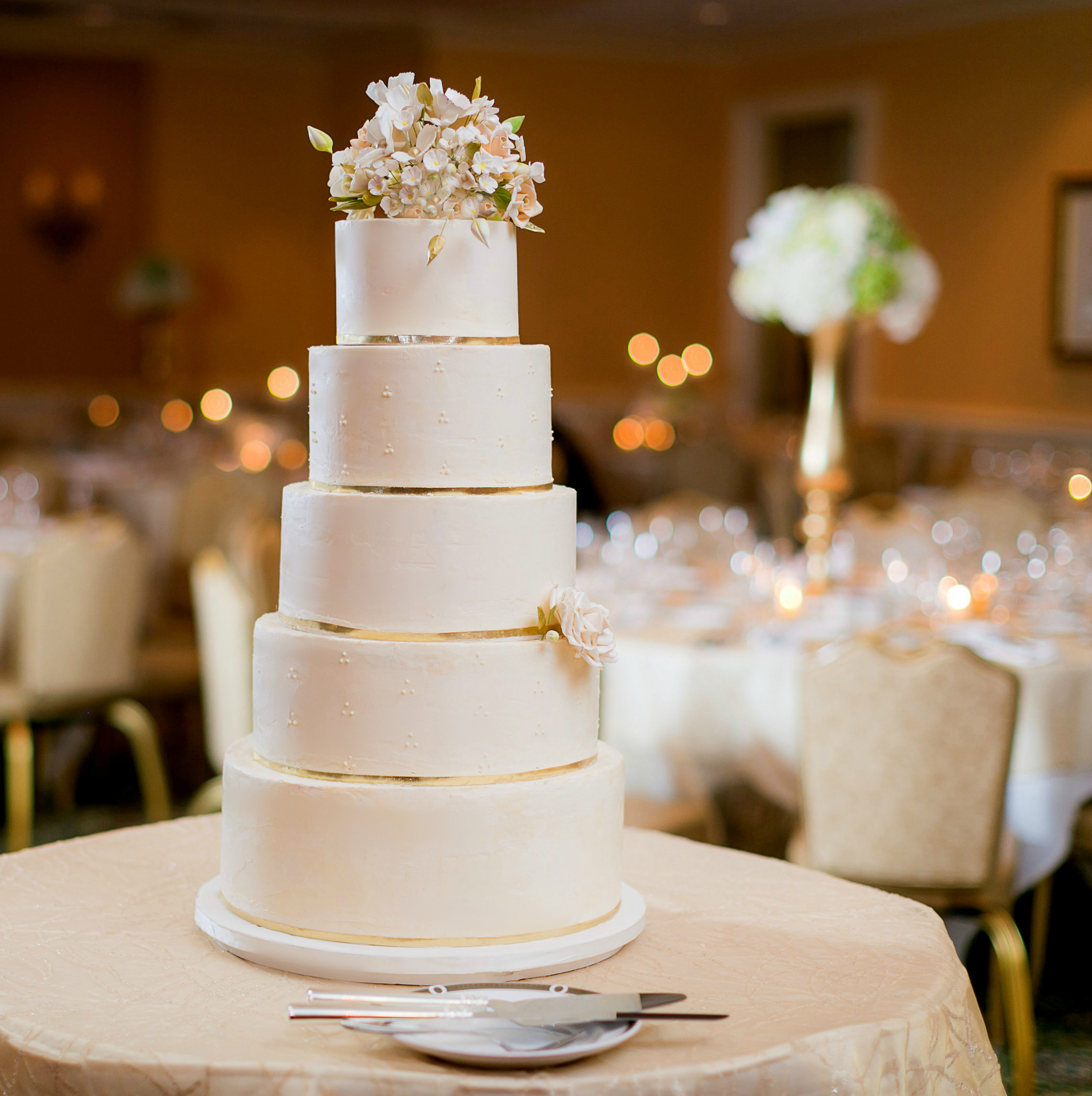 Amy Hockberg Wedding Cake; pro photo edit.jpg