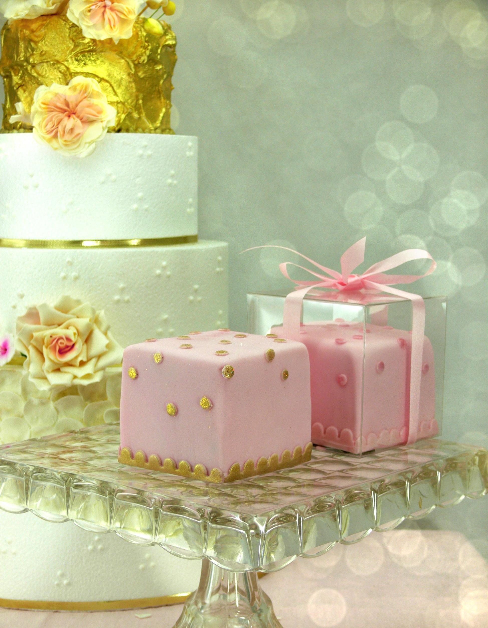 Pink Cube Cake favors.jpg