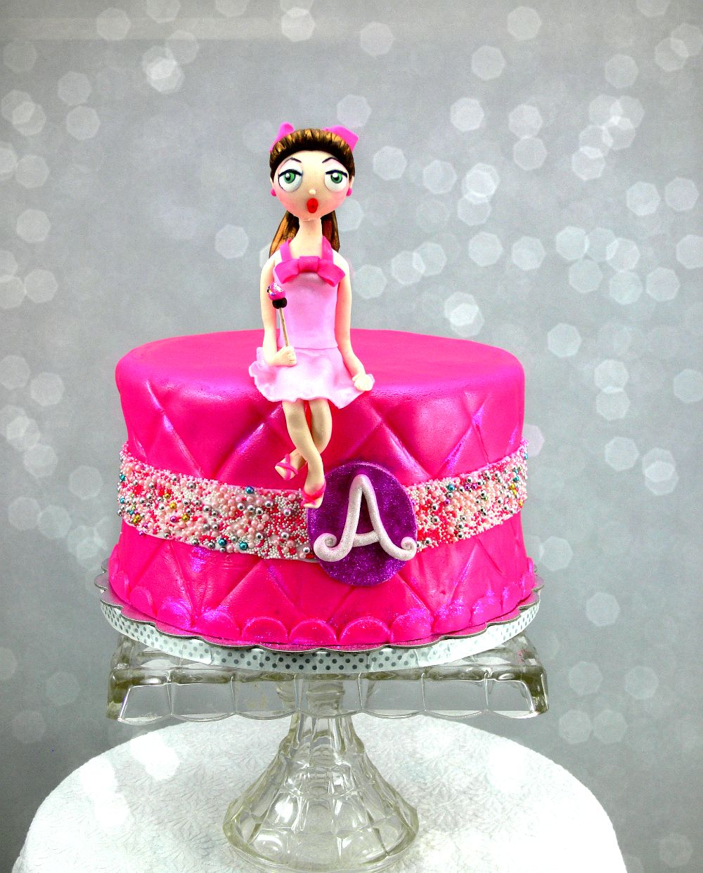 Pin up Girl Cake for Ashlyn_'s Birthday smaller.jpg