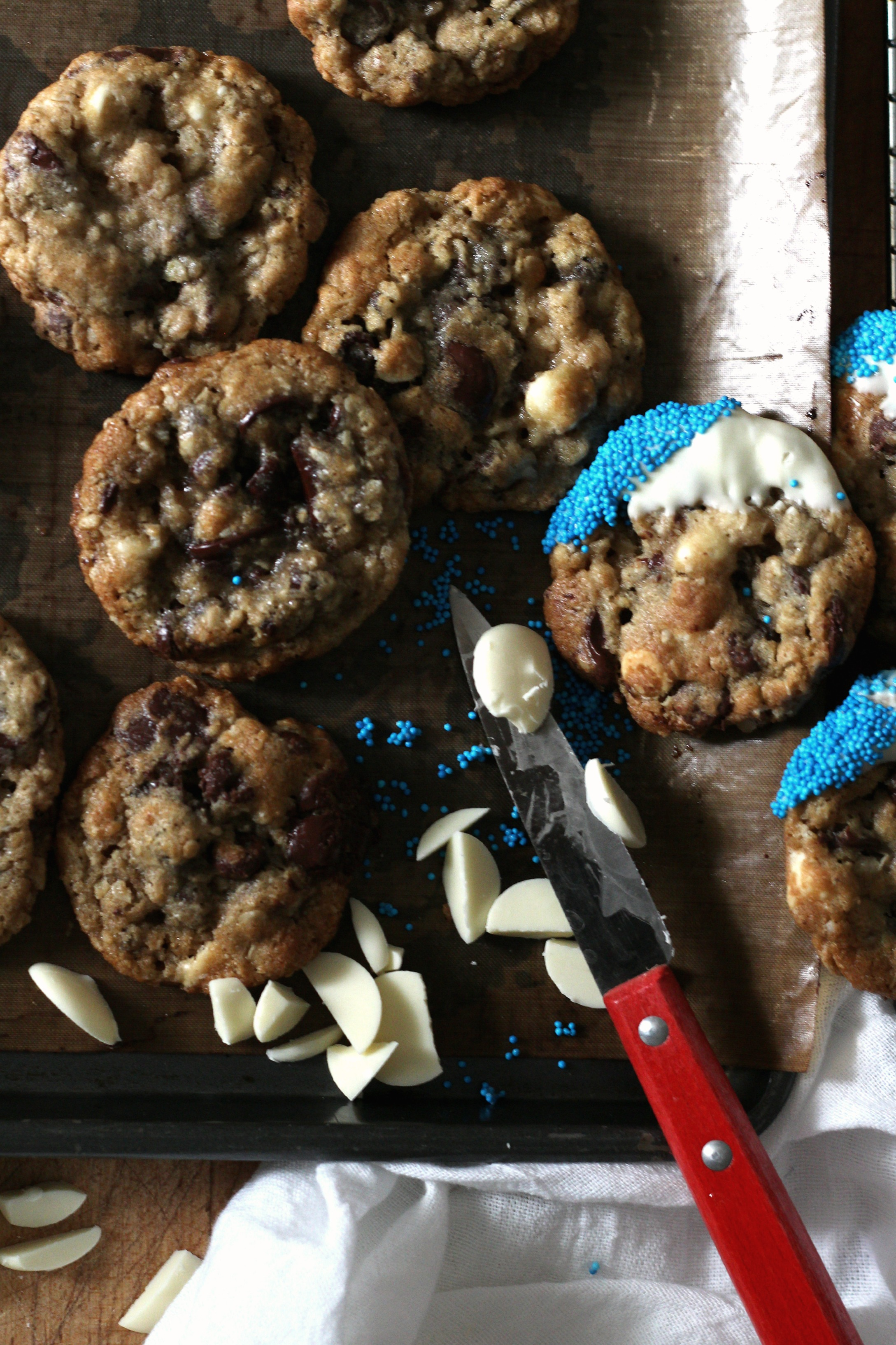 chocolate chip cookies blue memorial day e.jpg