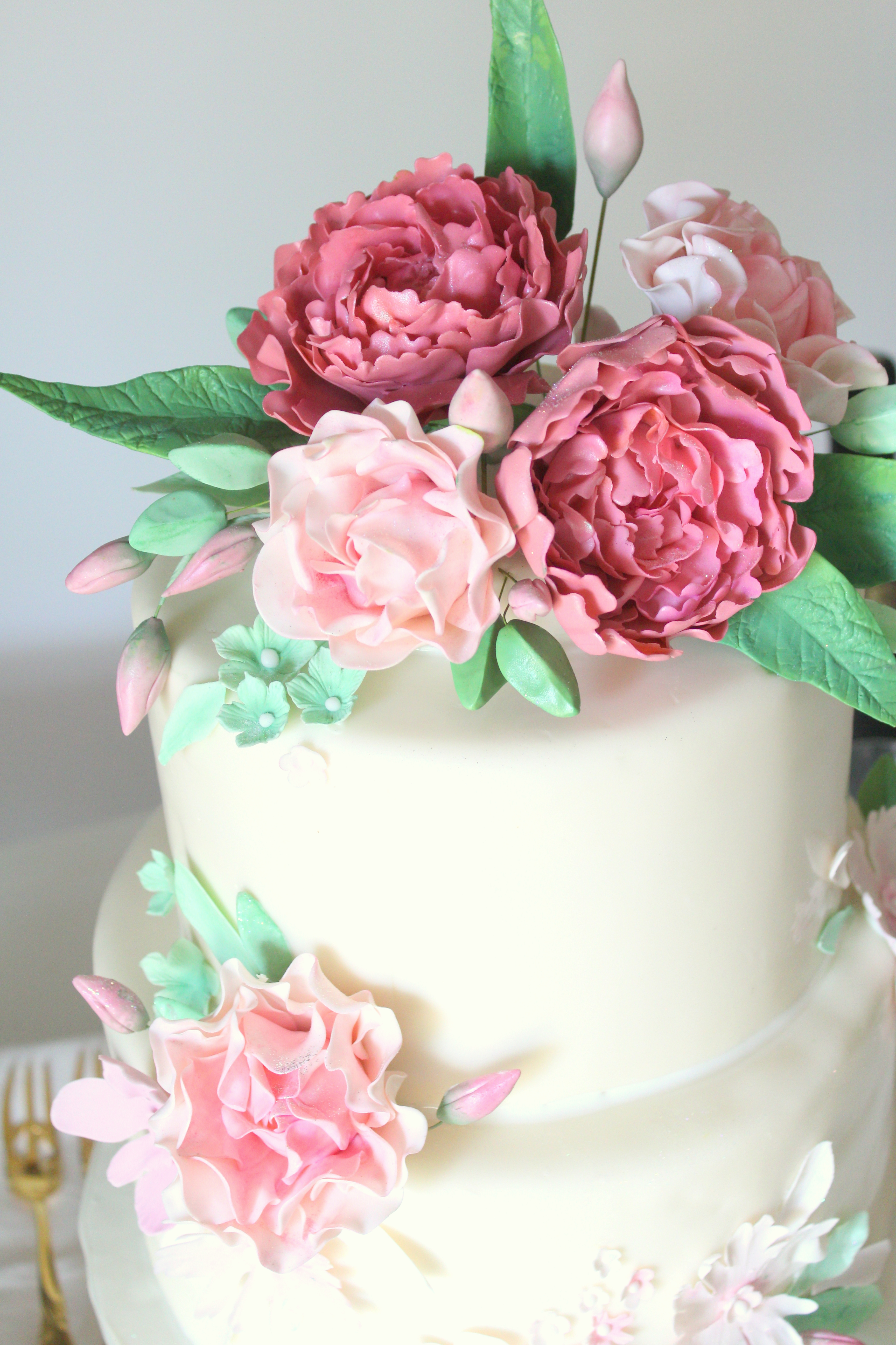 pink peony and rose shower cake close up topper.jpg