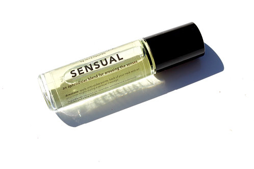 aro(m+a)therapy sensual oil roll-on