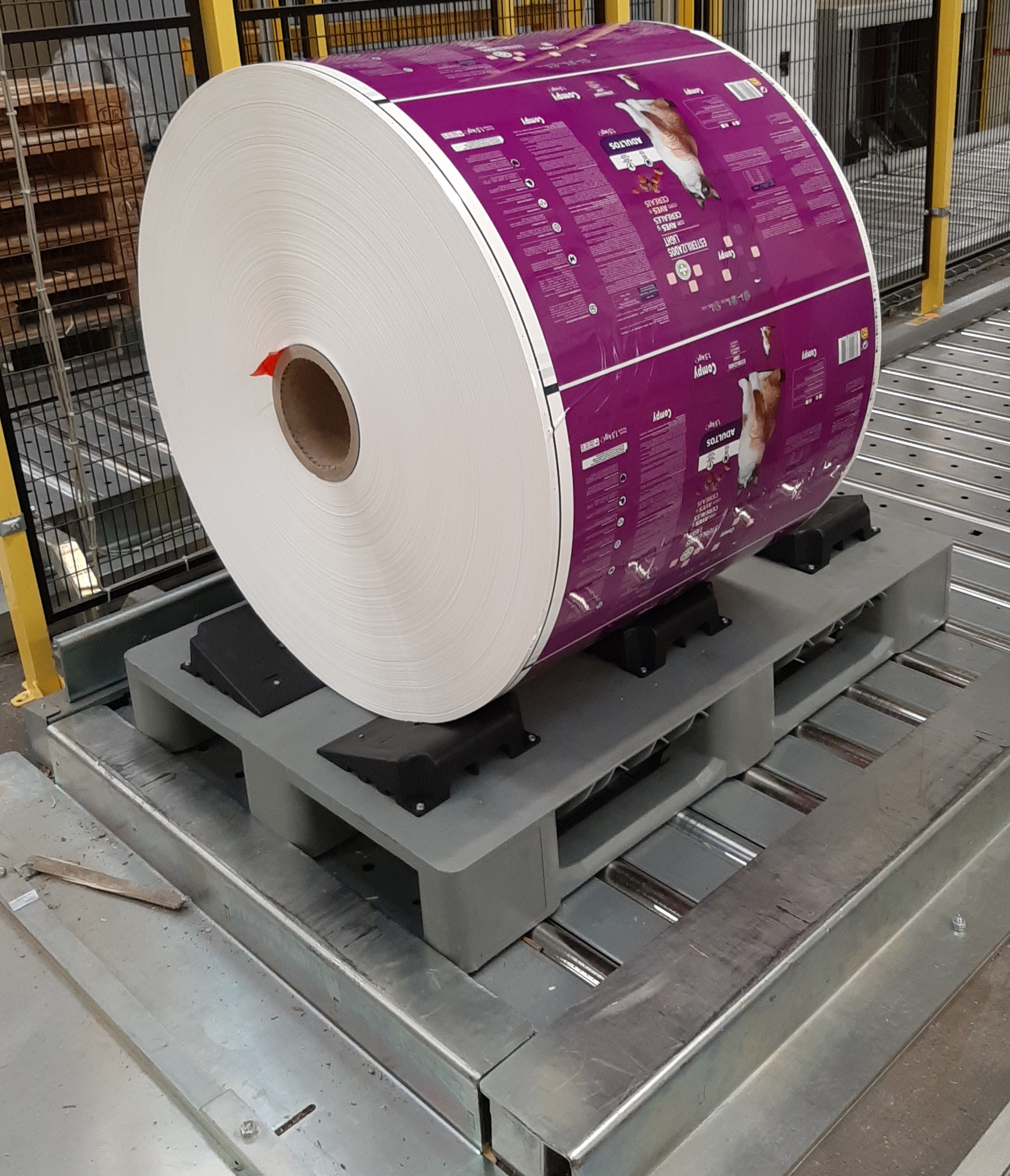 ROLL-PACKAGING_ROLL_PALLET6_Pedane_roll_