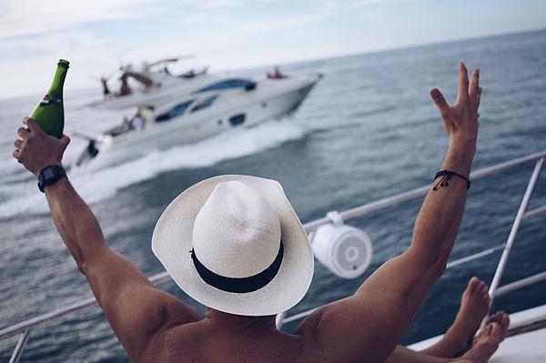 Cholon Yacht Party Cartagena