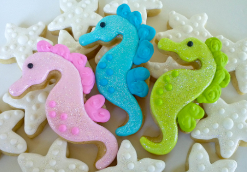 coastal christmas cookies - sea horses