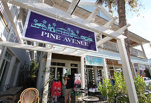 Anna Maria Island Vacation Rentals Home Rentals Shopping Shops Pine Avenue