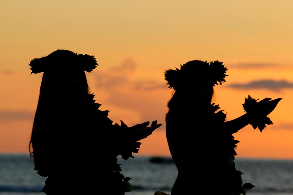 Hawaiian hula dancers at a luau