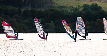 widsurfing group at broglake bedford, learn to windsurf with this fantasic deal and getsetgo windsurfing best place to learn winsurfing