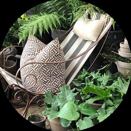 Garden Bleau Wrought Iron Background