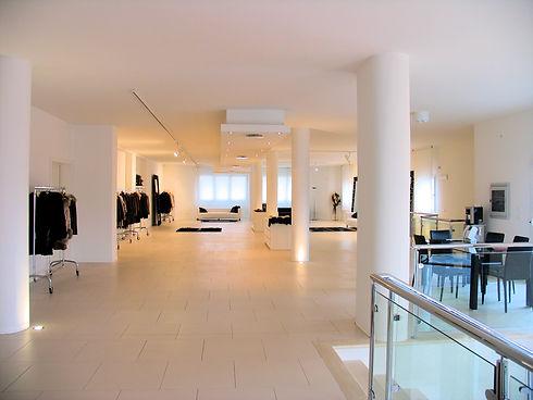 Showroom (3).JPG