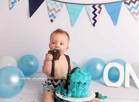 Zayne - 12 Months Cake Smash