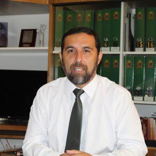 Miguel Vega. Director