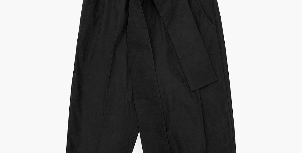 Pantalón capri baggy negro
