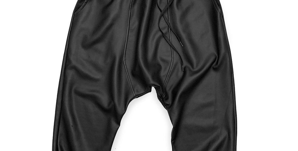 Pantalón jogging efecto piel