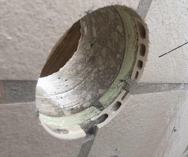 תהליך קדח-חתך בשיטת קיר אמיר