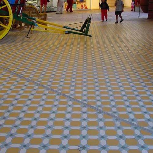 שטיחי-אריחי-פורצלן TOPCER לריצוף ועיצוב שטחי ציבור